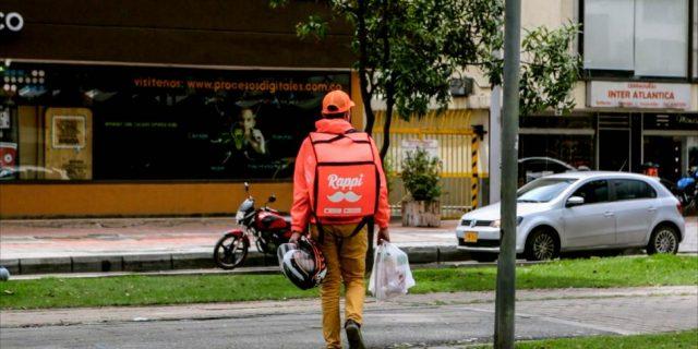 La aplicación de Rappi, que ya ha tenido más de un millón de descargas, funciona en siete ciudades del país. Foto: Diego Pérez. EL TIEMPO